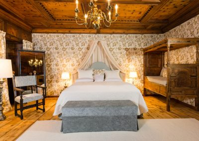 Eine der Suiten im Schloss Prielau.