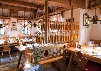 Der Speisesaal des Almdorf Seinerzeit.
